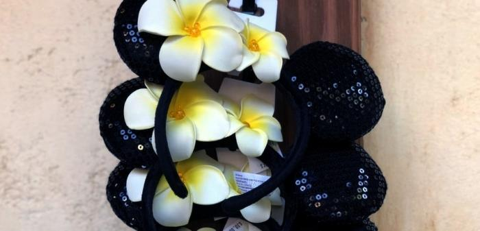Name:  Disneyland-selection-plumeria-Minnie-ears-straight-from-Aulani-Disney-Hawaiian-resort.jpg